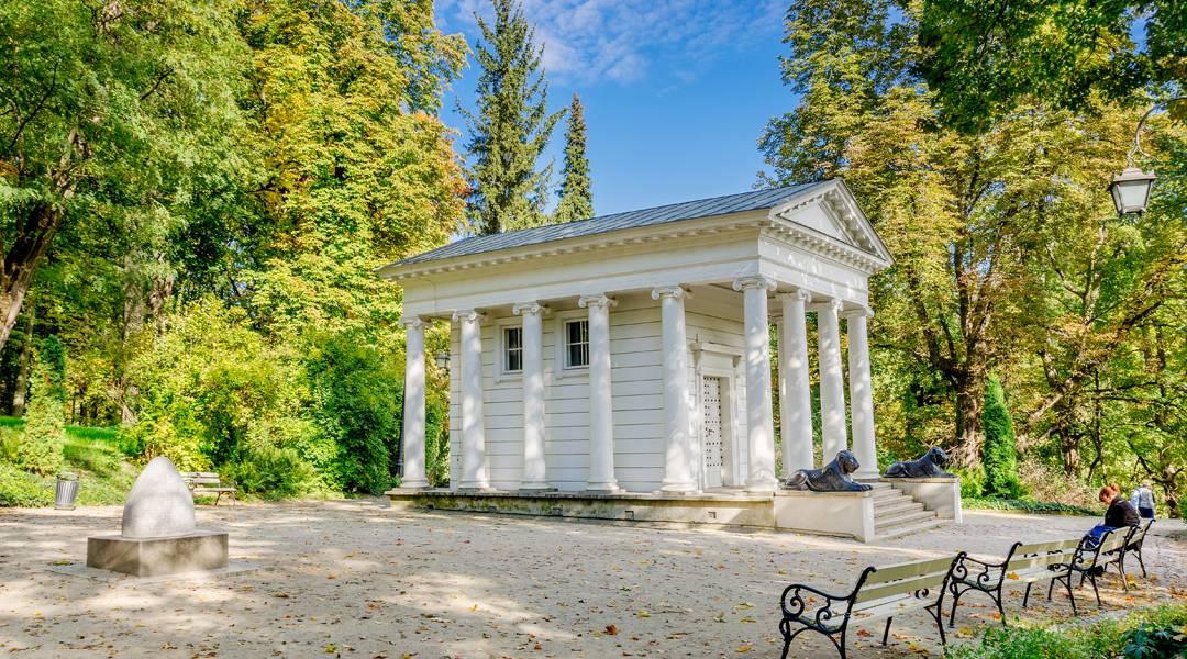 Świątynia Diany w Łazienkach Królewskich