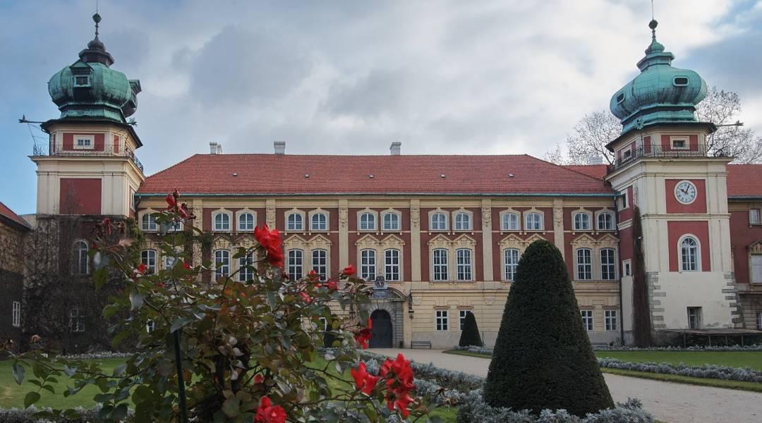 zamek w łańcucie zdjęcie