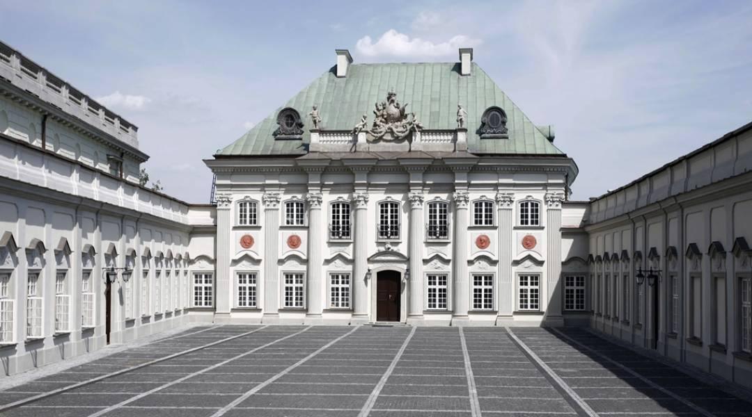 zamek królewski w warszawie pałac pod blachą