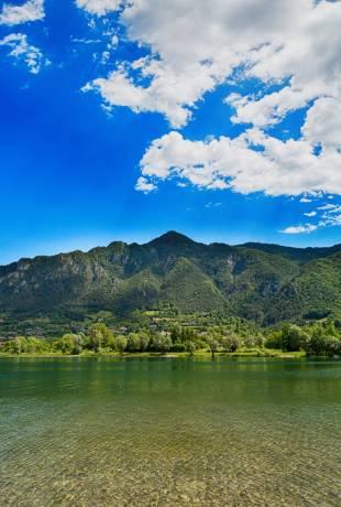 jezioro idro włochy
