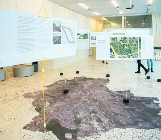 zodiak pawilon architektury warszawa wnętrze
