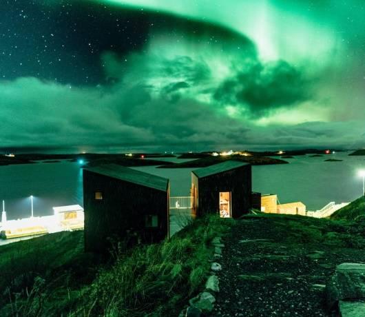 prywatna wyspa norwegia zorza polarna