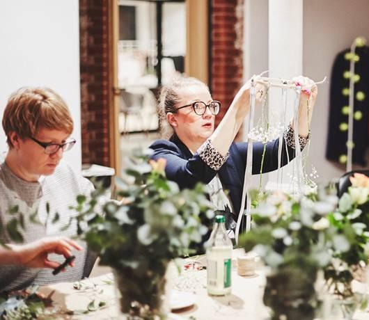 kwiatowy żyrandol jak zrobić - warsztaty Gdańsk