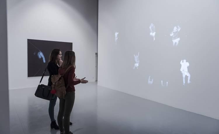 Widok wystawy Dominik Lejman – Opatrzenie, fot. materiały prasowe CSW Łaźnia