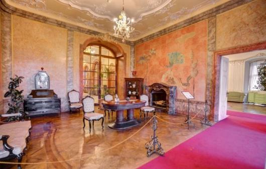 zamek książ zwiedzanie