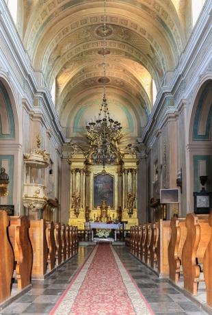 Wjazd do Tykocina i Kościół Św. Trójcy z różnych perspektyw; fot. Shutterstock