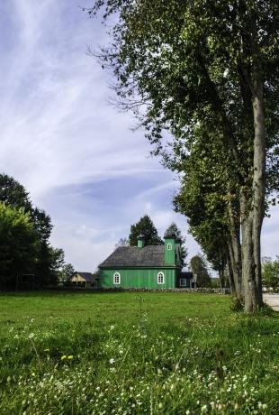 Meczet i cmentarz w Kruszynianach; fot. Shutterstock