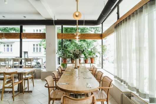 restauracje poznań yeżyce wnętrze