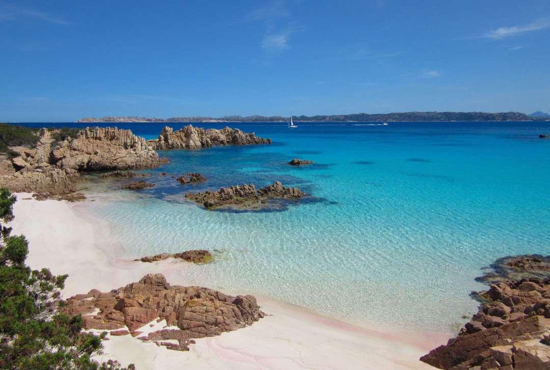sardynia atrakcje plaża Spiaggia Rosa