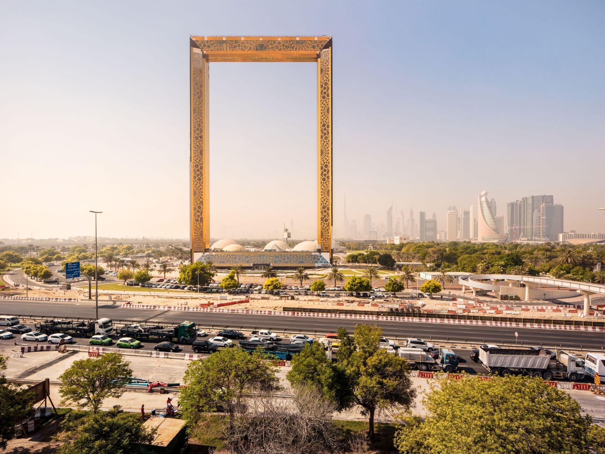 Można już zwiedzać największą ramkę do zdjęć na świecie
