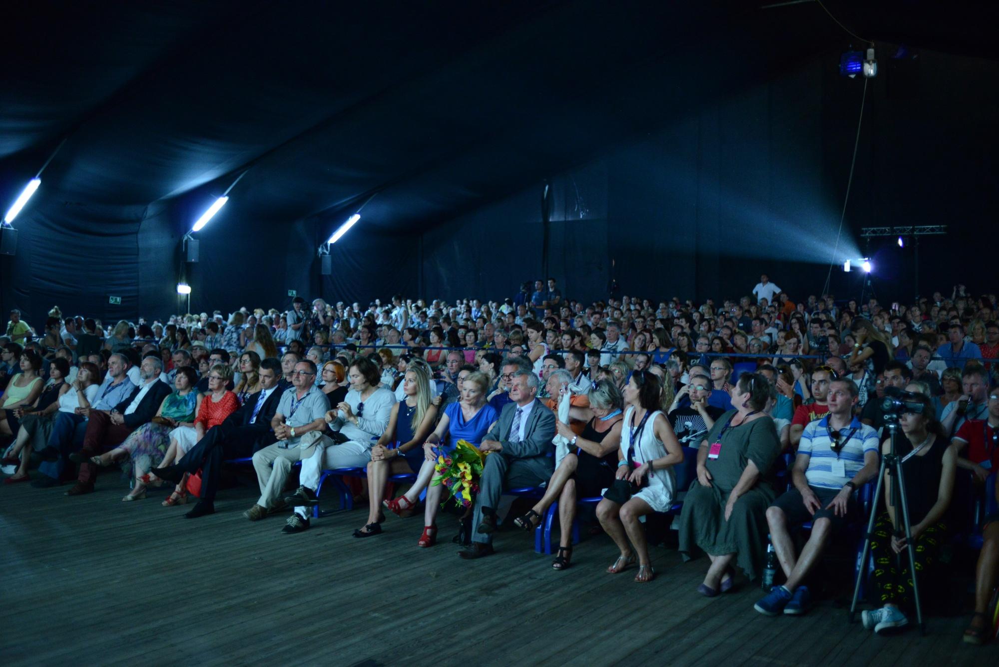 festiwal filmowy dwa brzegi w kazimierzu dolnym