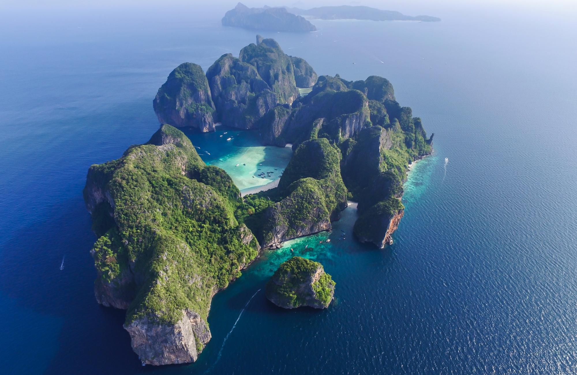 Zatoka Maya Bay w Tajlandii zamknięta dla turystów