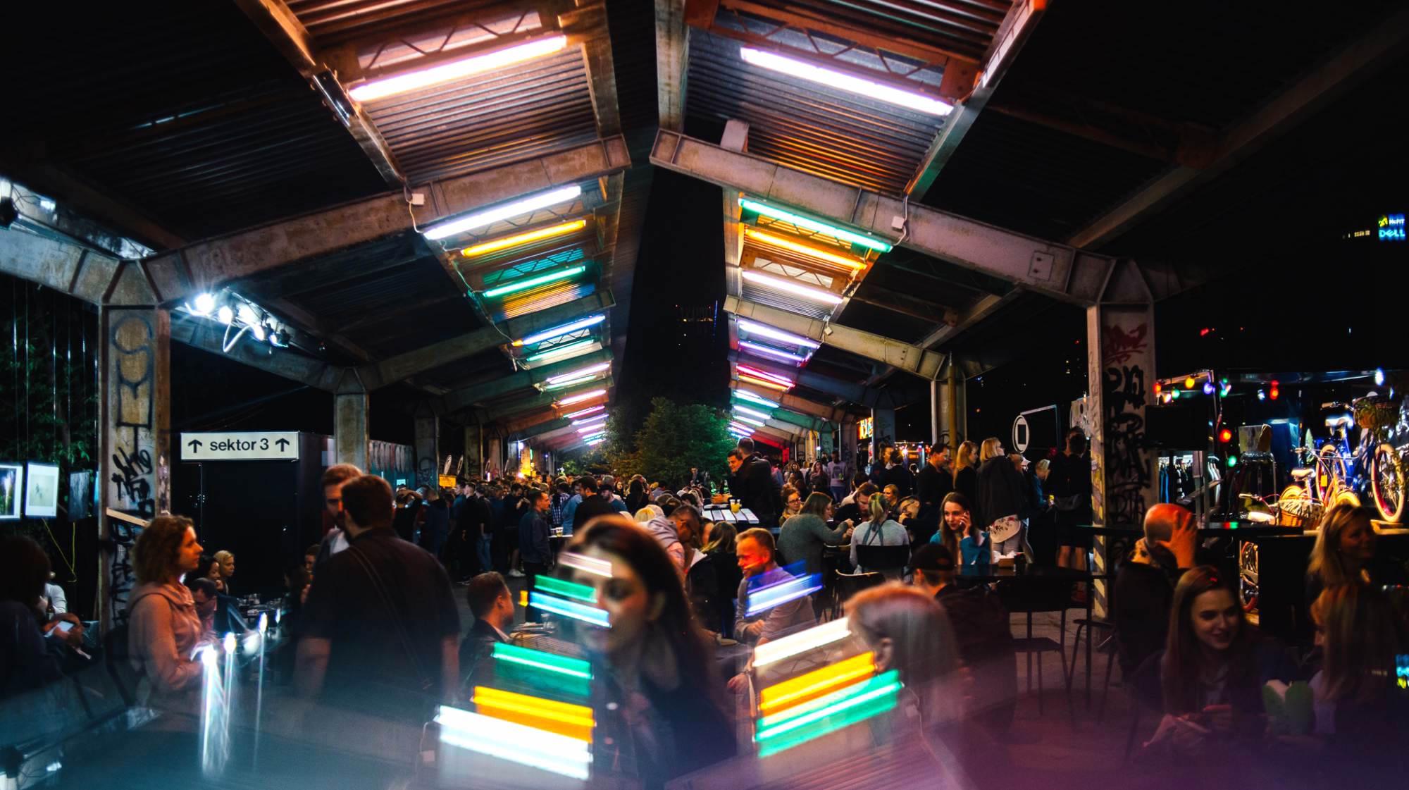 Nocny Market wraca na Dworzec Główny