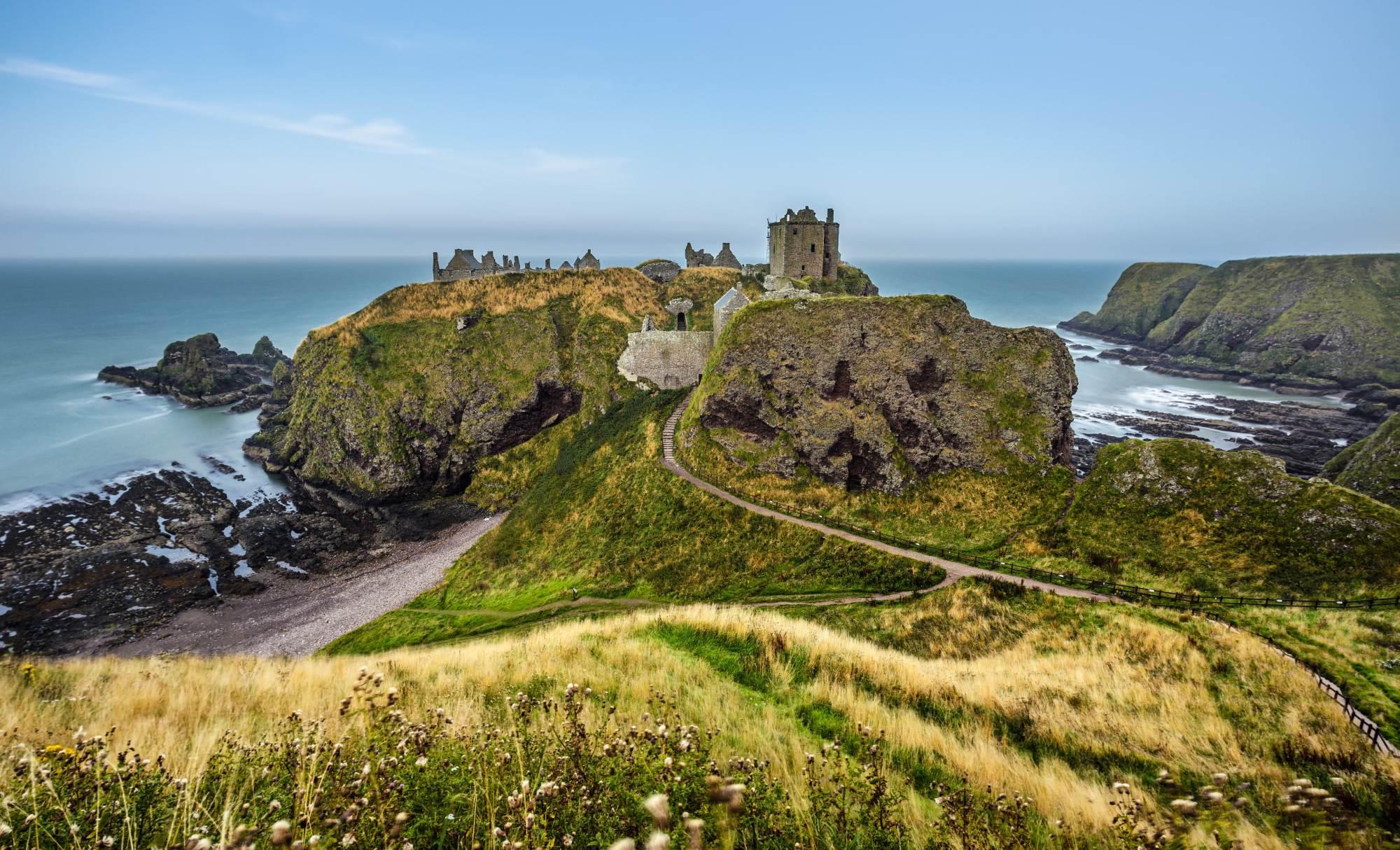 Te miejsca przekonują, że warto odwiedzić Szkocję – krainę wiatru i przyrody