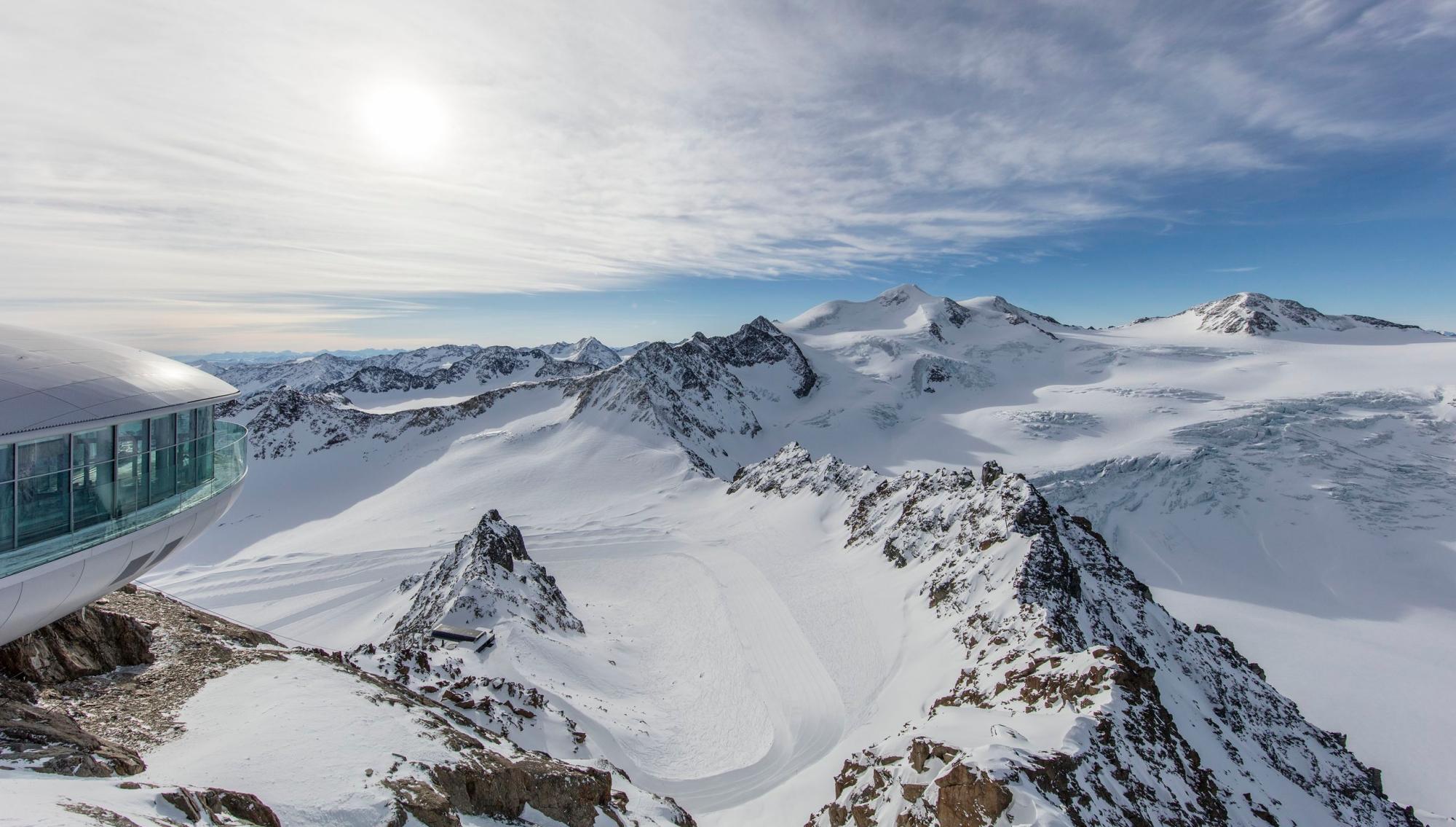Tyrol austriacki vs. Południowy Tyrol : Odmienni, ale tacy sami