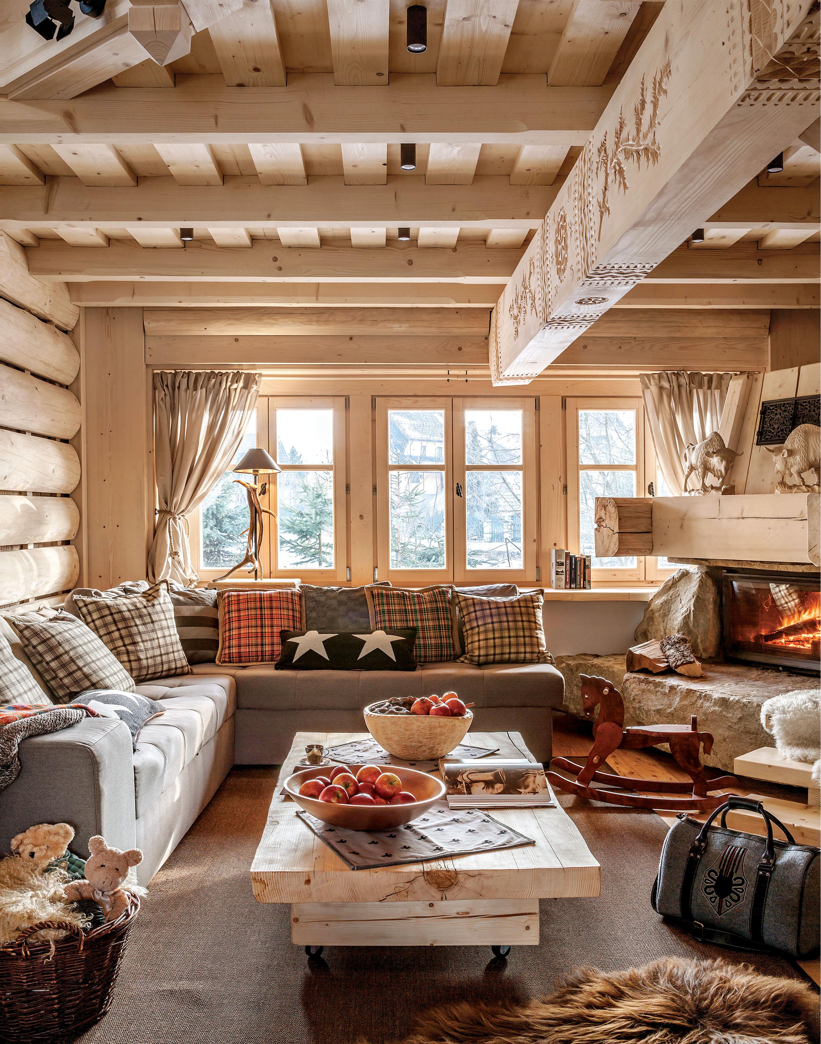 Gwiazdka w górach: przytulne święta w drewnianym domu